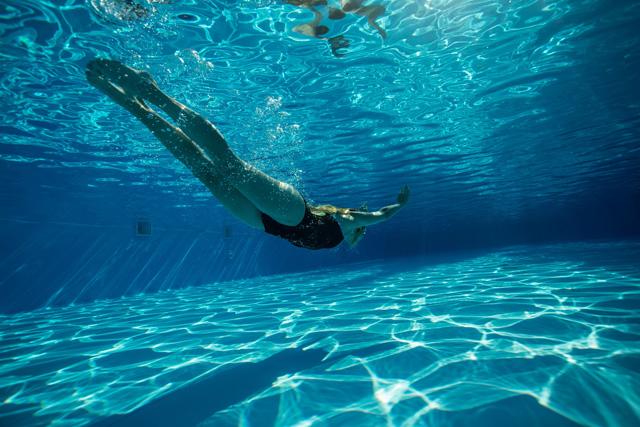 生理中でも月経カップならプールに入れる